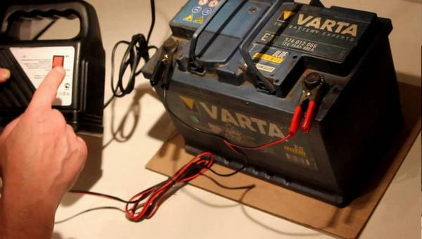 Заряжать аккумулятор домашних условиях 685